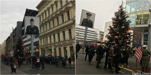 checkpoint charlie advent vianoce berlin