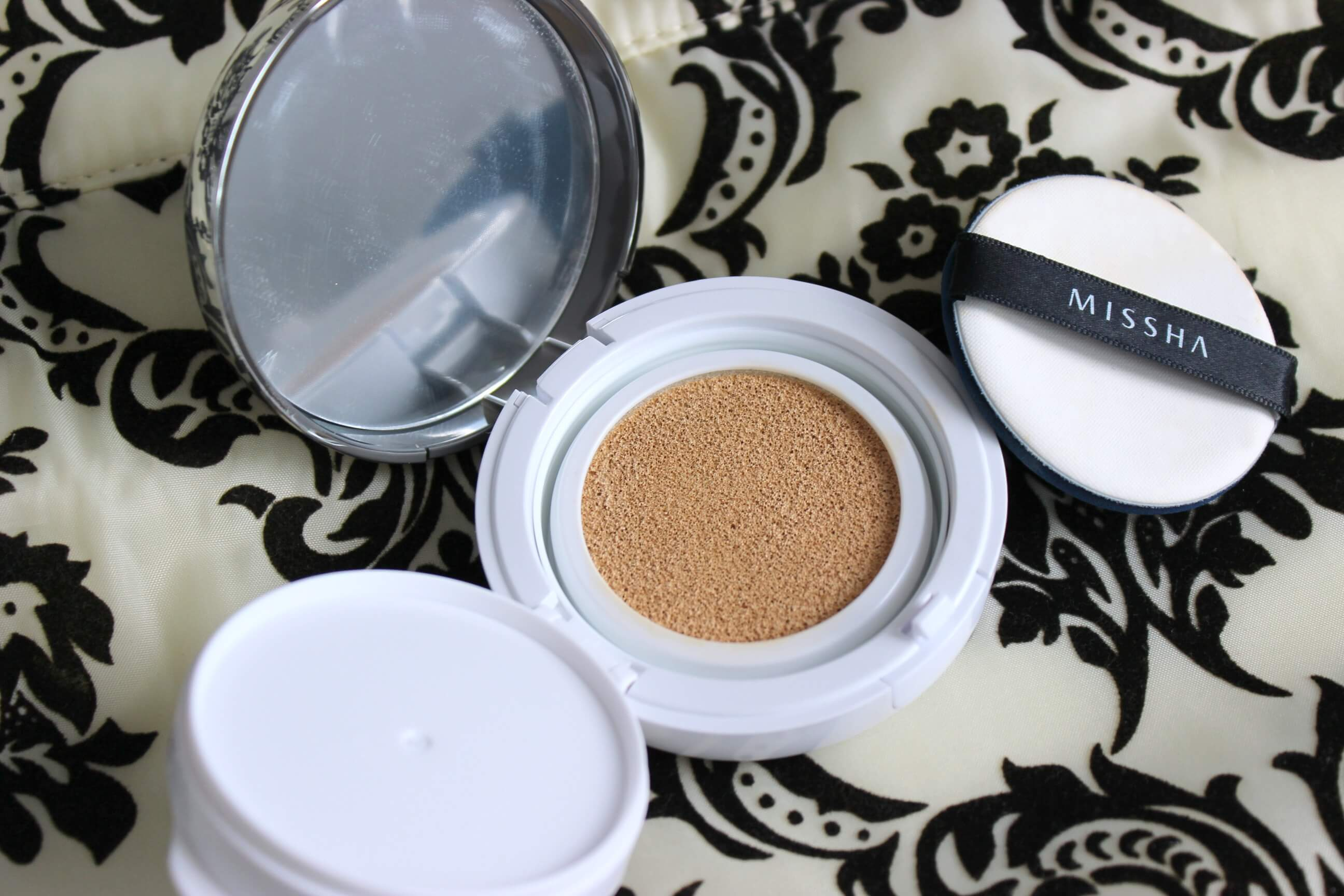 Zázračný make-up Missha M Magic cushion
